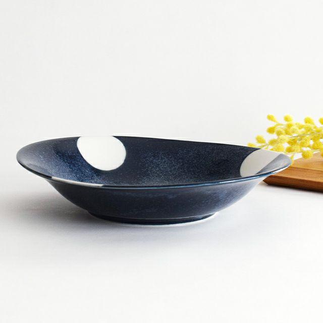 ドット柄のお値打ちな軽~い 窯変紺水玉カレー皿