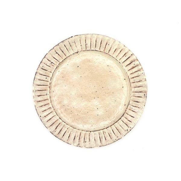 丁寧に手作りされている藤本智弘さんの粉引7寸 リム皿